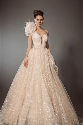 עיצוב שמלות