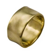 טבעת נישואין מבריקה