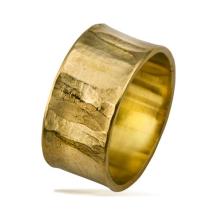 טבעת נישואין רחבה