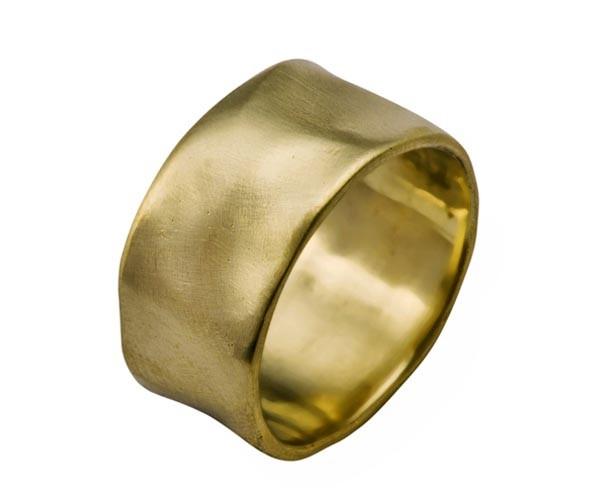 טבעת נישואין רחבה גלית זהב צהוב