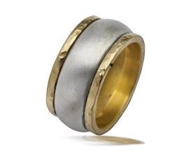 טבעת נישואין קמורה בשני צבעים