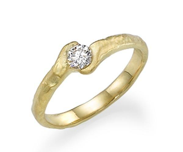 טבעת אירוסין מפותלת זהב צהוב