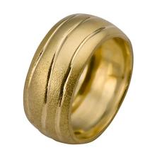 טבעת זהב לבן עם פסים