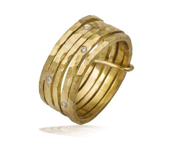 טבעת נישואין חמש טבעות דקות
