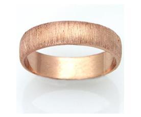 טבעת נישואין זהב אדום מרוקע