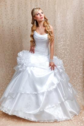 שמלת כלה מקסי מלמלות