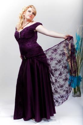 שמלת ערב מקסי תחרה וסטן