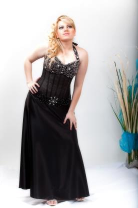 שמלת ערב מחוך קולר