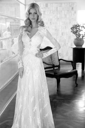 שמלת כלה נועזת עם שרוולים
