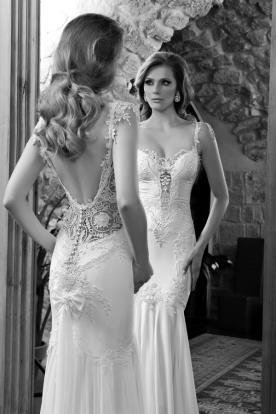 שמלת כלה תחרה עשירה וכיווצים