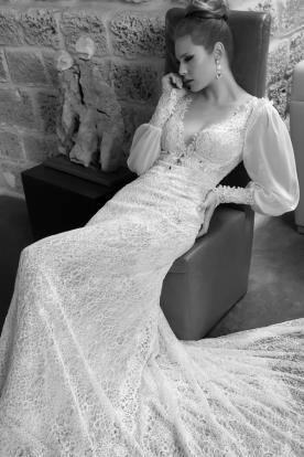 שמלת כלה עם שרוולים נפוחים