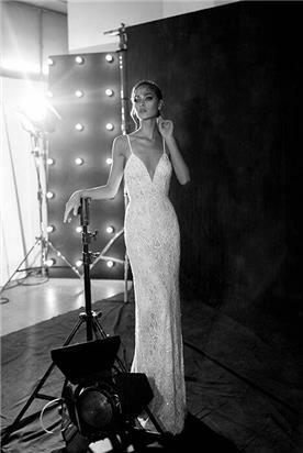 שמלת כלה צמודה עמנואל