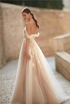 שמלות מידי