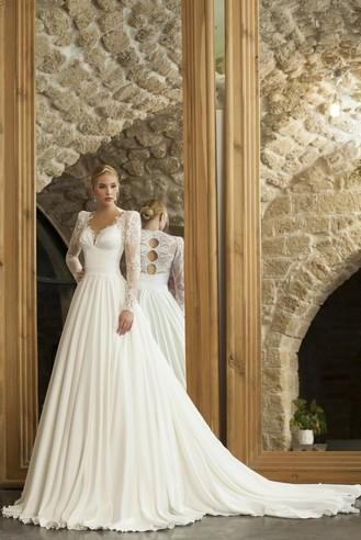 שמלת כלה פליסה עם גב עגול