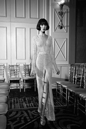 שמלת כלה מרשת עם שסע