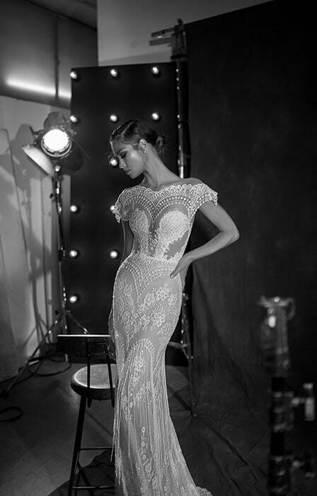 שמלת כלה בשילוב אבנים