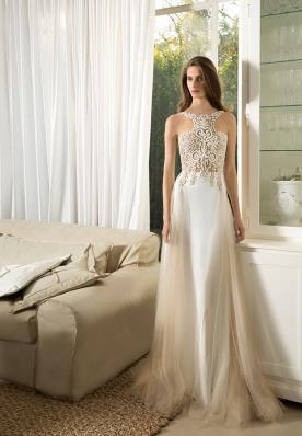 שמלת כלה מתחרה בדוגמת קולר