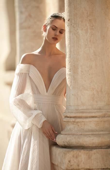 שמלות ערב עם מחוך