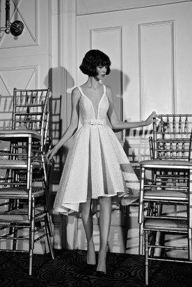 שמלת כלה מידי עם חגורת פפיון במותן