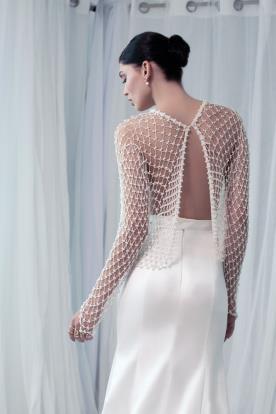 שמלת כלה גב חשוף עם רשת