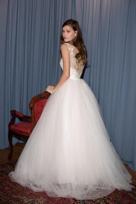 שמלת כלה עם טול מכווץ וטופ תחרה