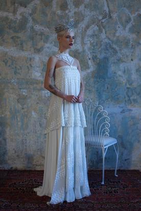 שמלת כלה בוהמיינית עם חרוזים