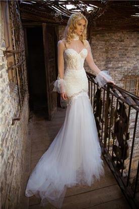 שמלת כלה עם בד טול