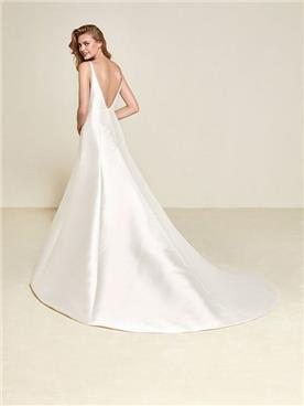שמלת כלה בהתאמה אישית