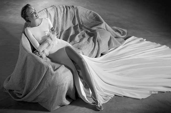 שמלה קלאסית חלקה