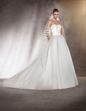 שמלת כלה עם הינומת פסים