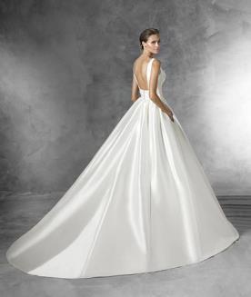 שמלת כלה קלאסית ממשי