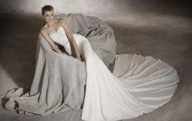 שמלת כלה מחוך לב וחגורת מותן