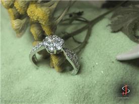 טבעת אירוסין יוקרתית 3