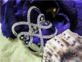 טבעת בשיבוץ יהלומים 3