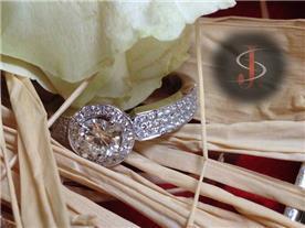 טבעת אירוסין יוקרתית 2