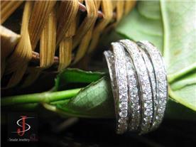טבעת יוקרתית משובצת יהלומים 3