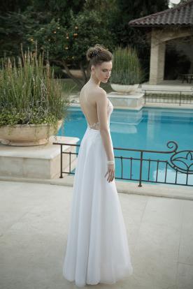 שמלת כלה גב חשוף כתפיות דקות