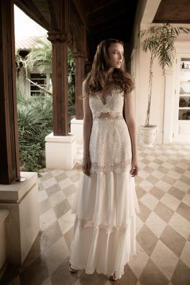 שמלת כלה כפרית תחרה שמנת