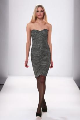 שמלת ערב מיני עם כיווץ