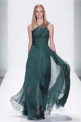 שמלת כלה מרשימה חשופת כתף