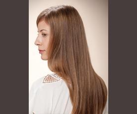 איפור ושיער עדין וטבעי