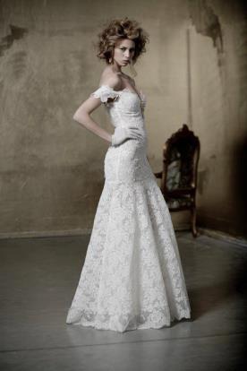 שמלת כלה תחרה עם כתפיות נפולות