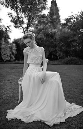 שמלת כלה שני חלקים טופ מעוטר