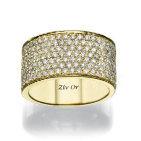 טבעת זהב משובצת יהלומים קטנים