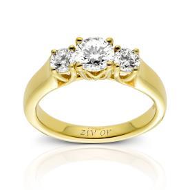 טבעת רחבה עם שלושה יהלומים