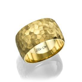 טבעת זהב רקועה קלות