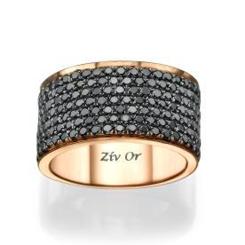 טבעת משובצת יהלומים שחורים