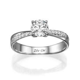 טבעת עדינה עשויה זה לבן