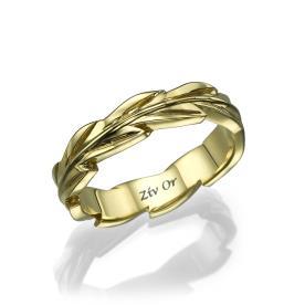 טבעת עדינה עם עיטורי עלים