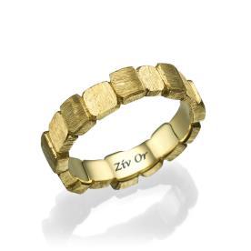 טבעת נישואין מורכבת מריבועים